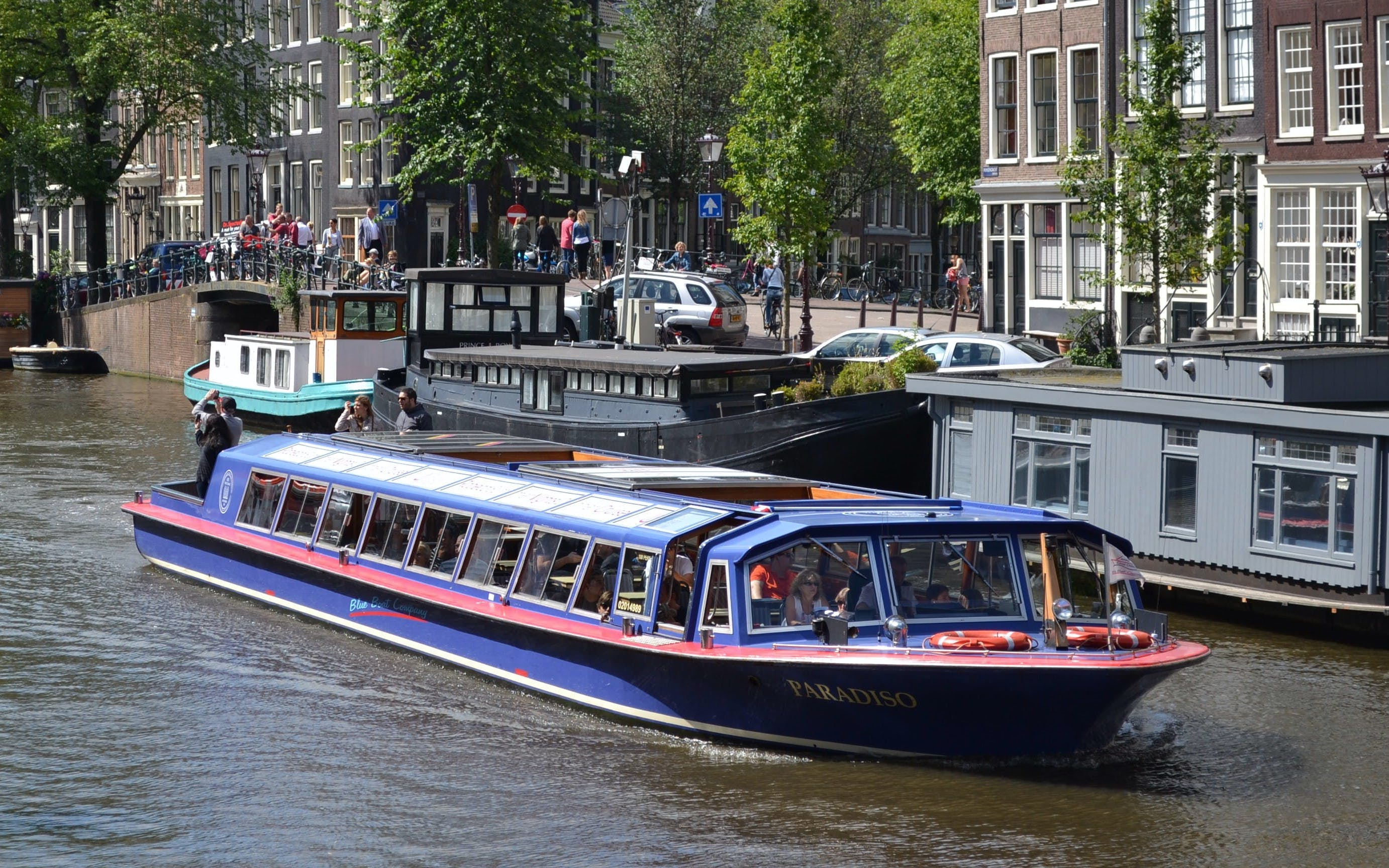 Skip The Line Combo: City Canal Cruise & House of Bols