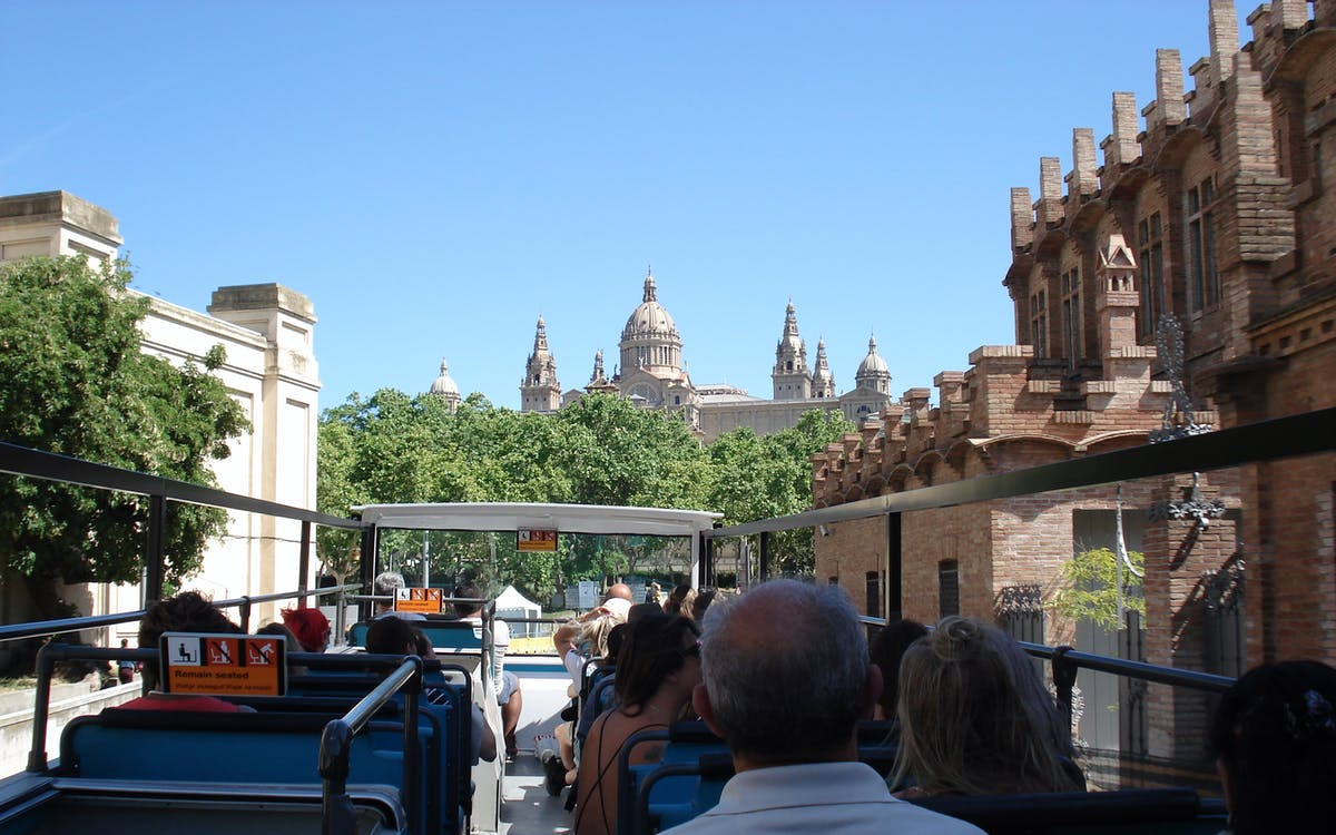 the barcelona turistic: hop-on-hop off bus tour-3