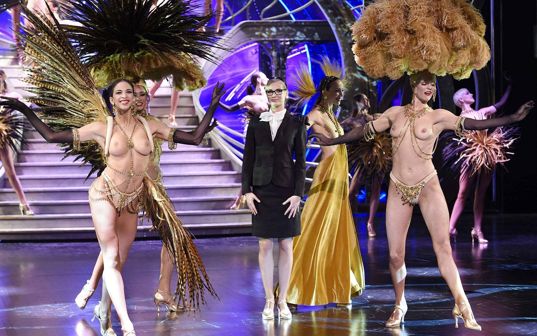 Секс шоу с голыми ведущими, Голое ТВ Каталог эротического видео 14 фотография