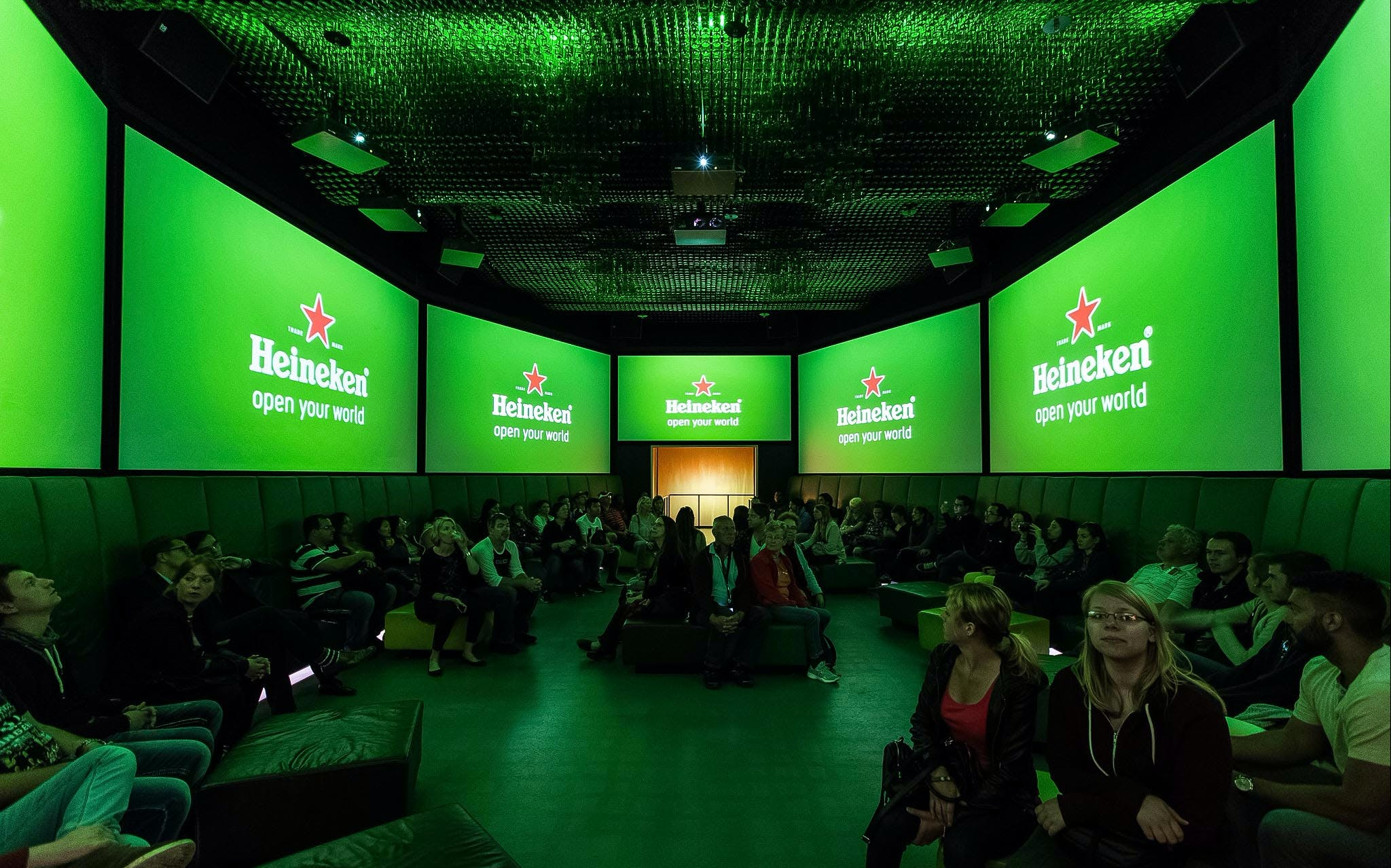 1 day hop-on hop-off sightseeing bus with the heineken experience-2