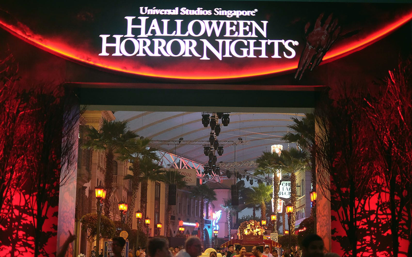 halloween horror nights™-4