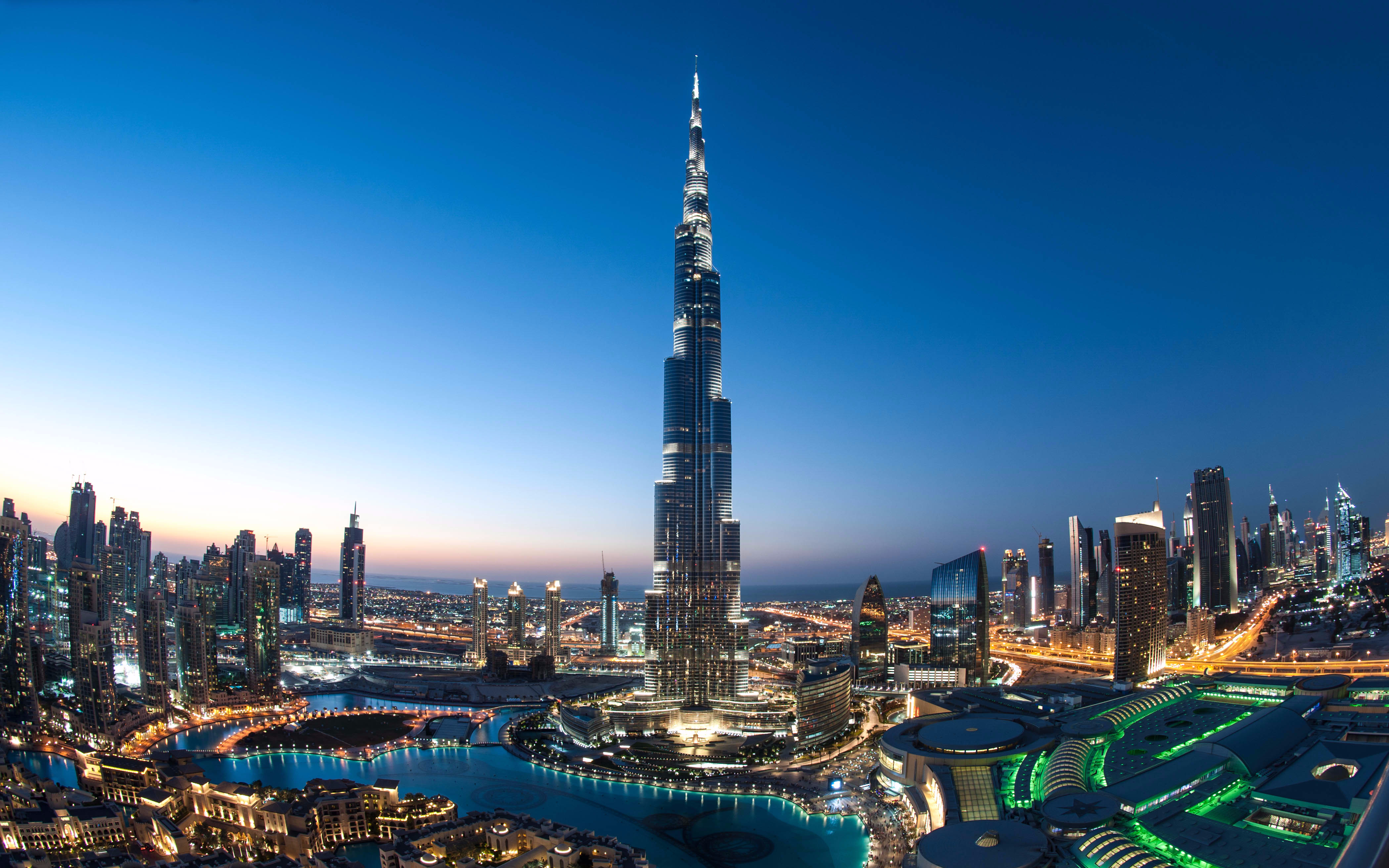 2 Day Combo: Burj Khalifa + Desert Safari + Dubai City Tour