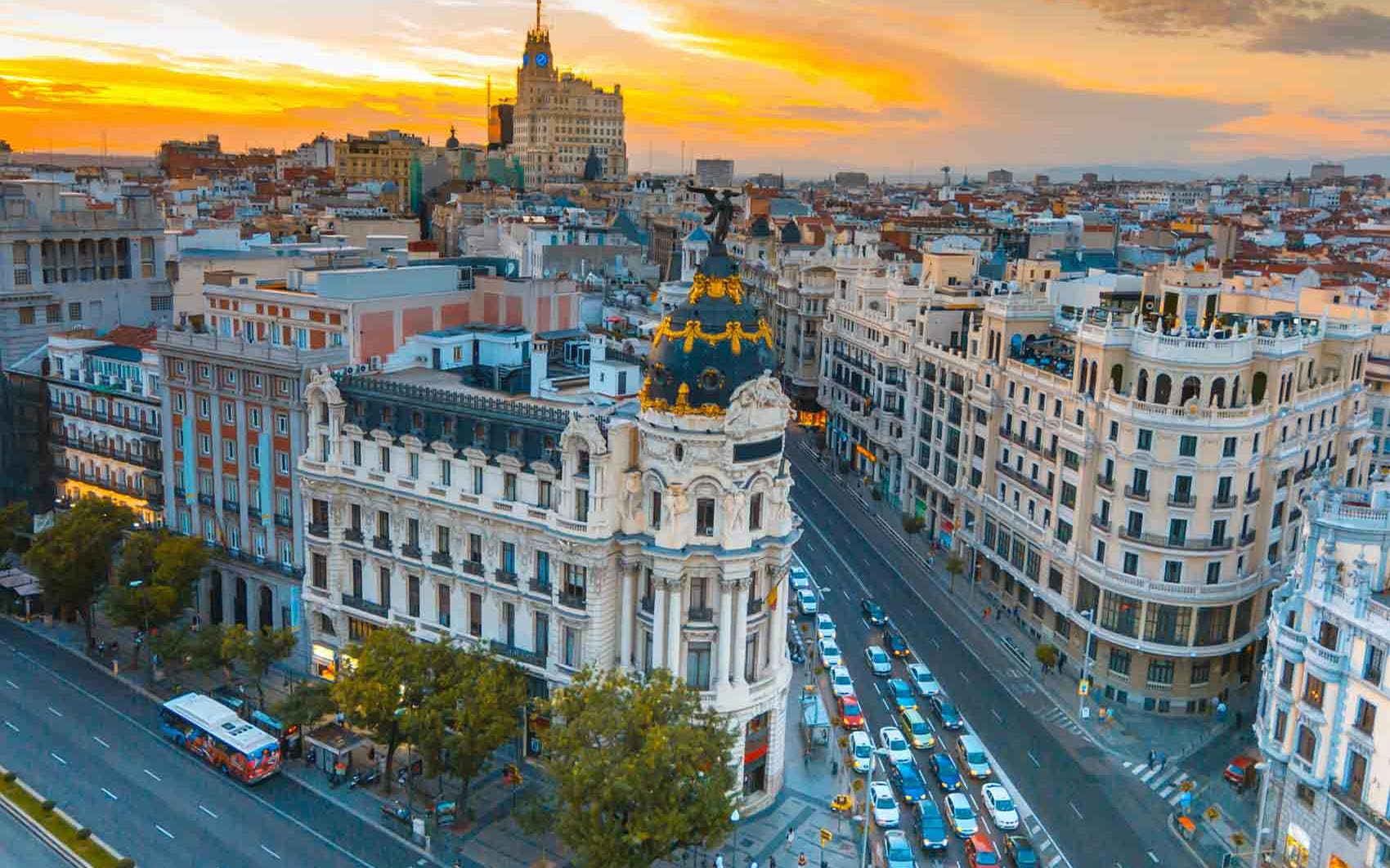 Skip the Line Prado Museum Tickets & Madrid Hop on Hop off City Tour