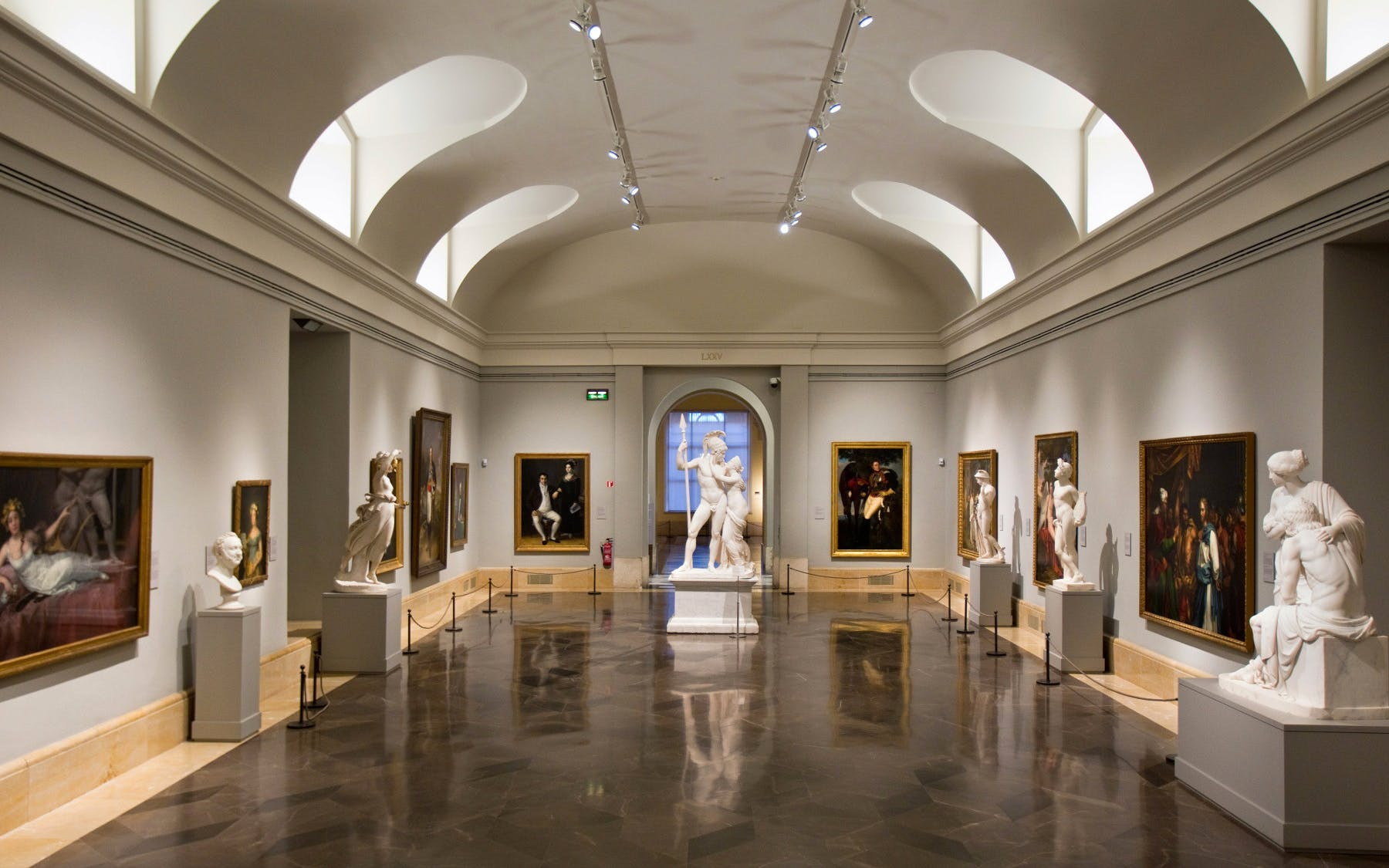 skip the line prado museum tickets & madrid hop on hop off city tour-4