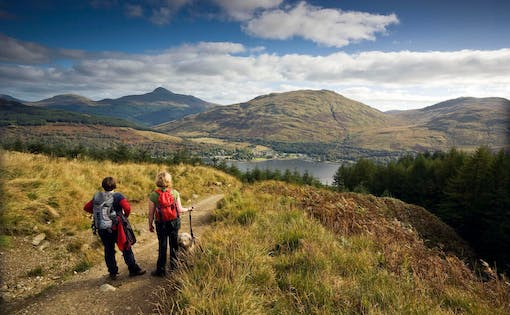 1-Day Highland Lochs, Castles & Whisky Distillery Tour