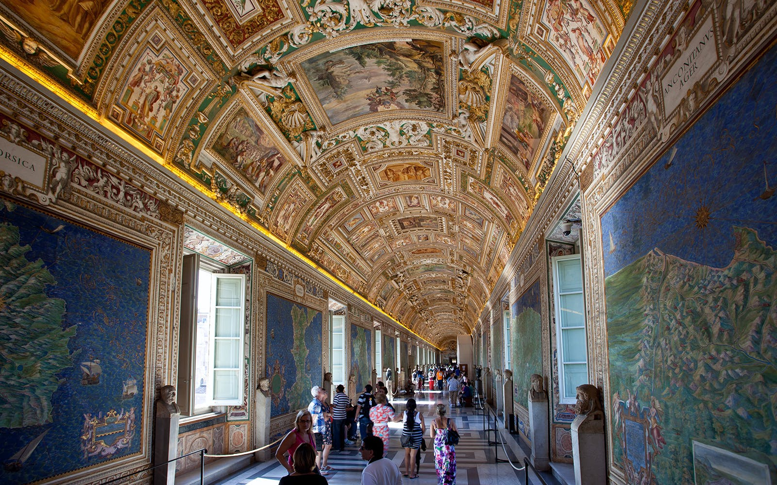 rome in april - Vatican Museum