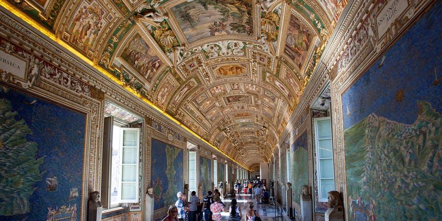 rome in april - Vatican Museum
