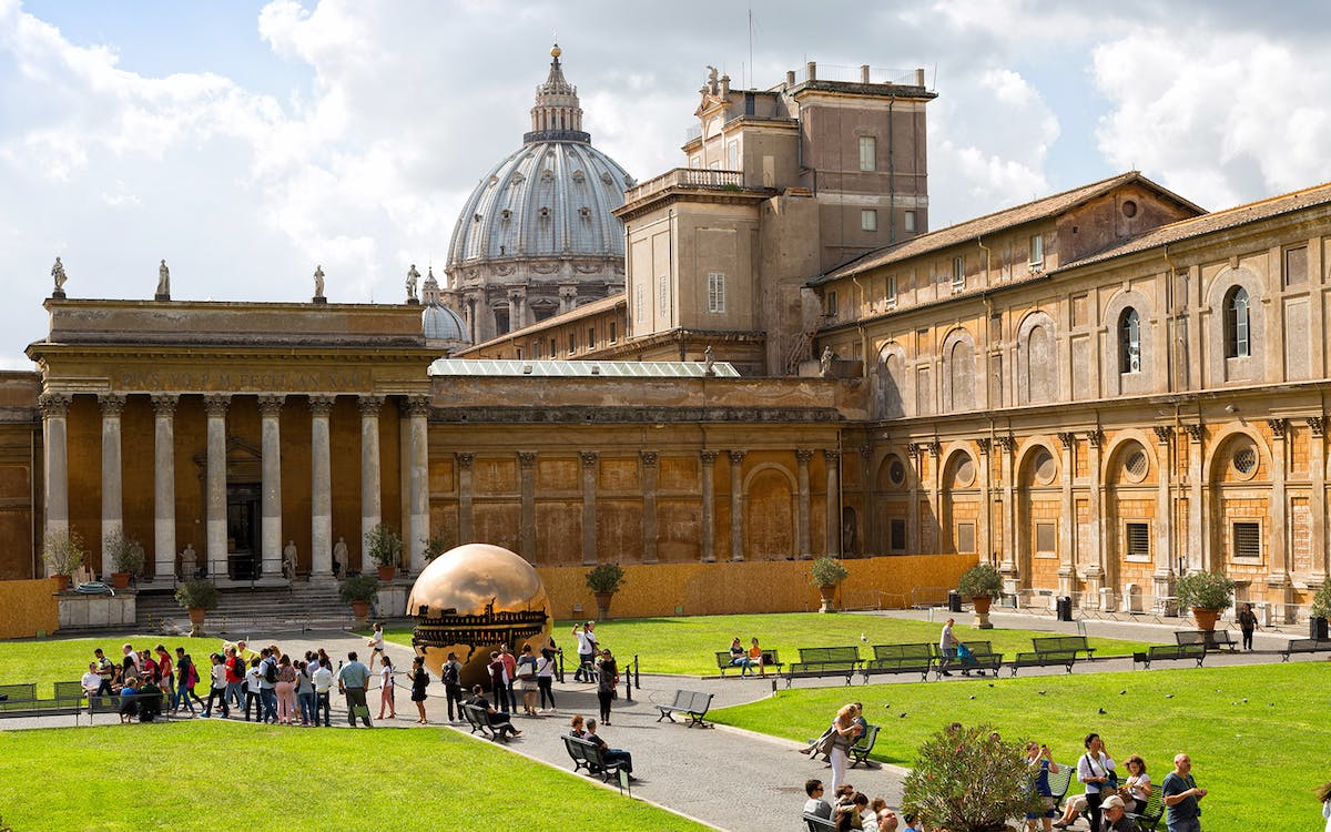 hop-on hop-off bus + skip-the-line vatican museums & sistine chapel tickets-2