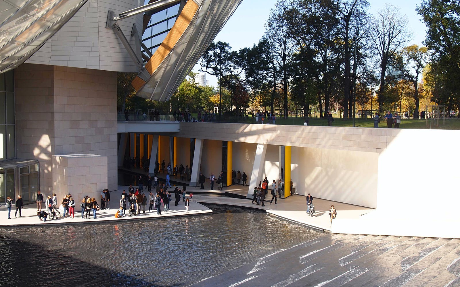 priority access to the louis vuitton foundation-2