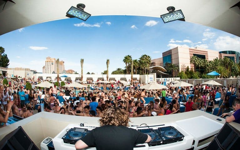 wet republic-2