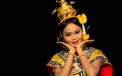 thai dinner and classical dance-1