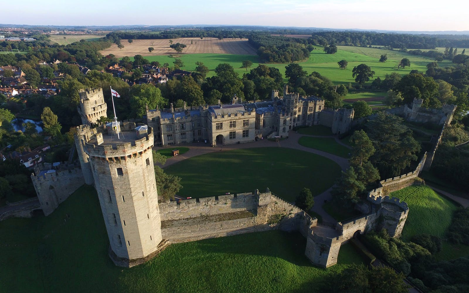 stratford, oxford, cotswolds & warwick castle custom day trip-1