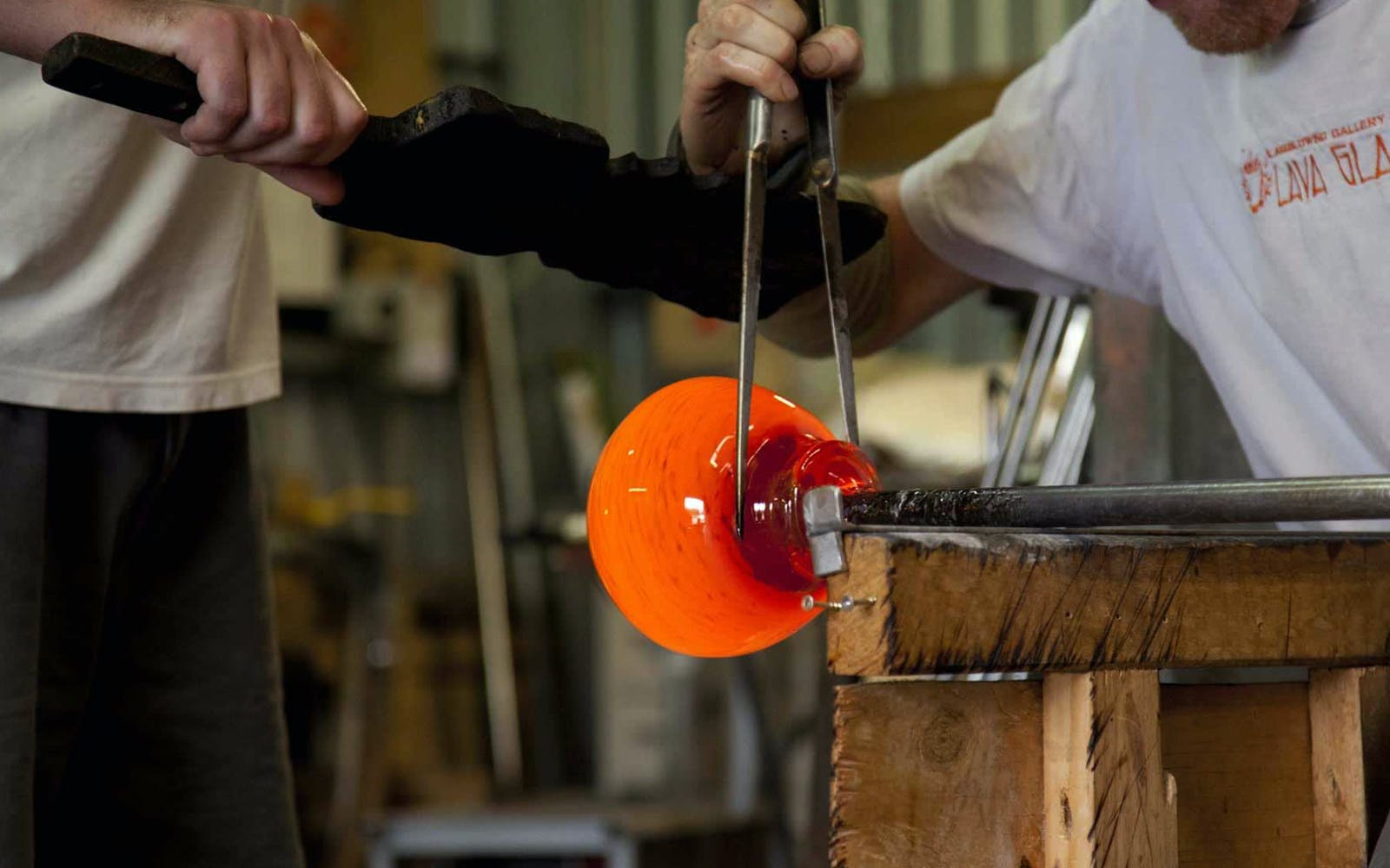magical art of glassblowing-3