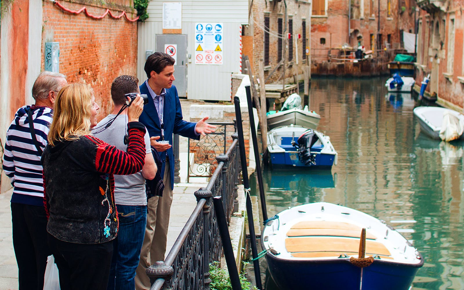 venice walking tour with certified guide -3