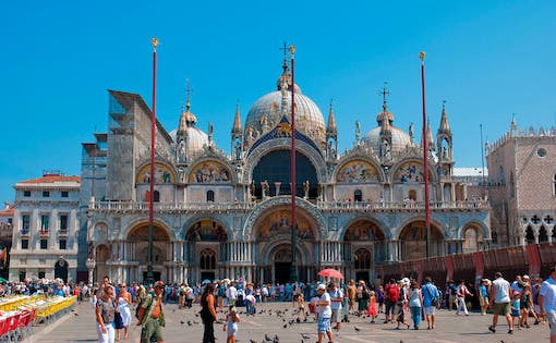 Skip The Line: St. Mark's Basilica, Doge's Palace & Walking Tour of Venice