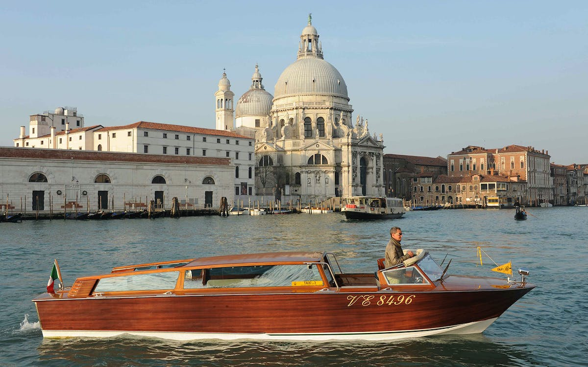 marco polo airport to/from venice watertaxi transfers-1