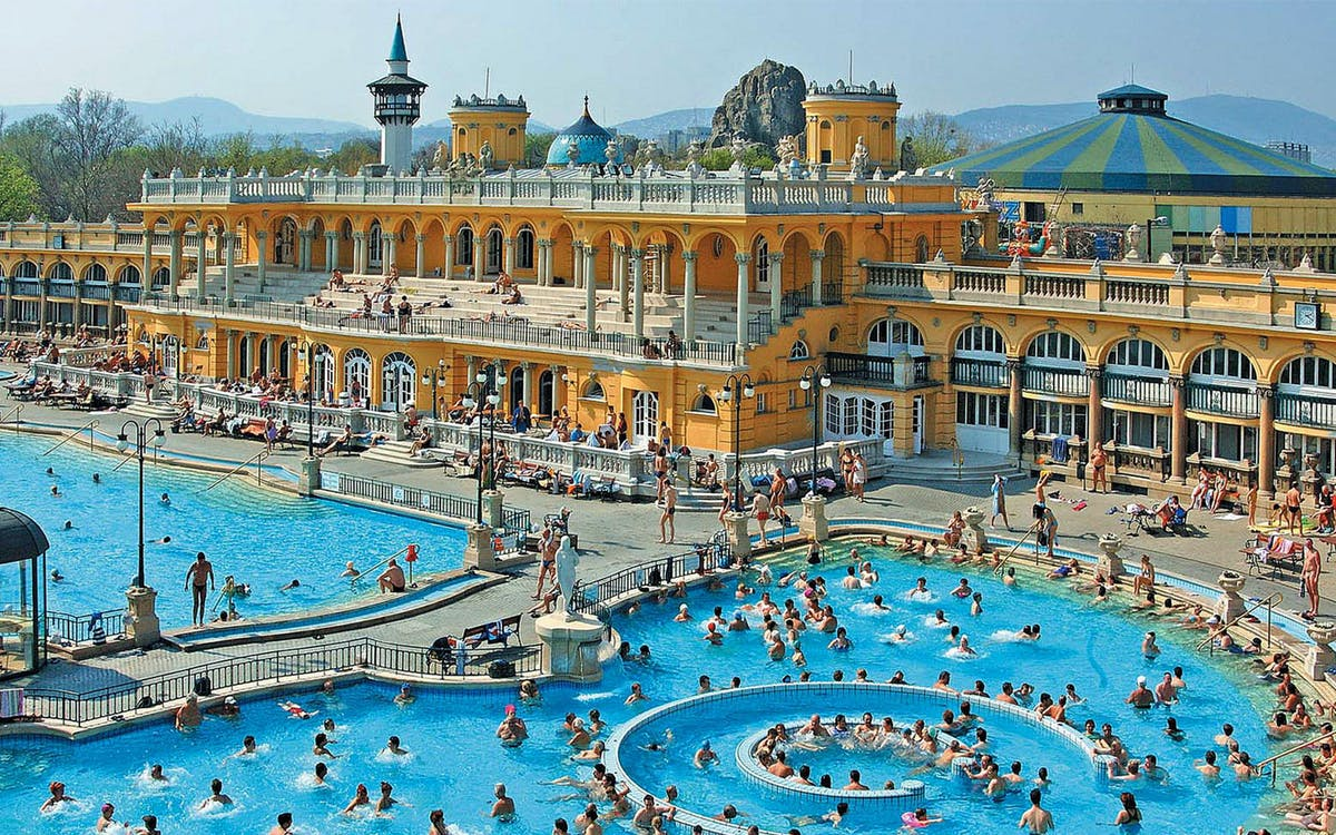 széchenyi spa skip the line tickets with locker-1