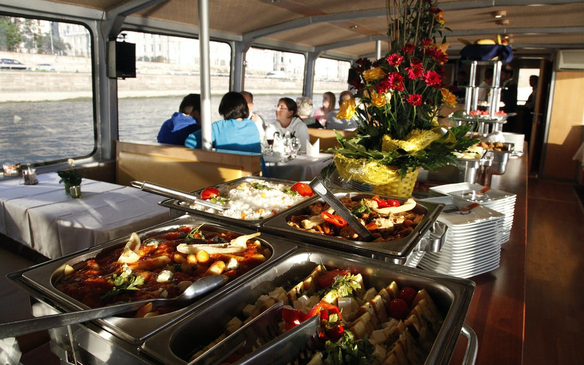 lunch cruise on the danube-3