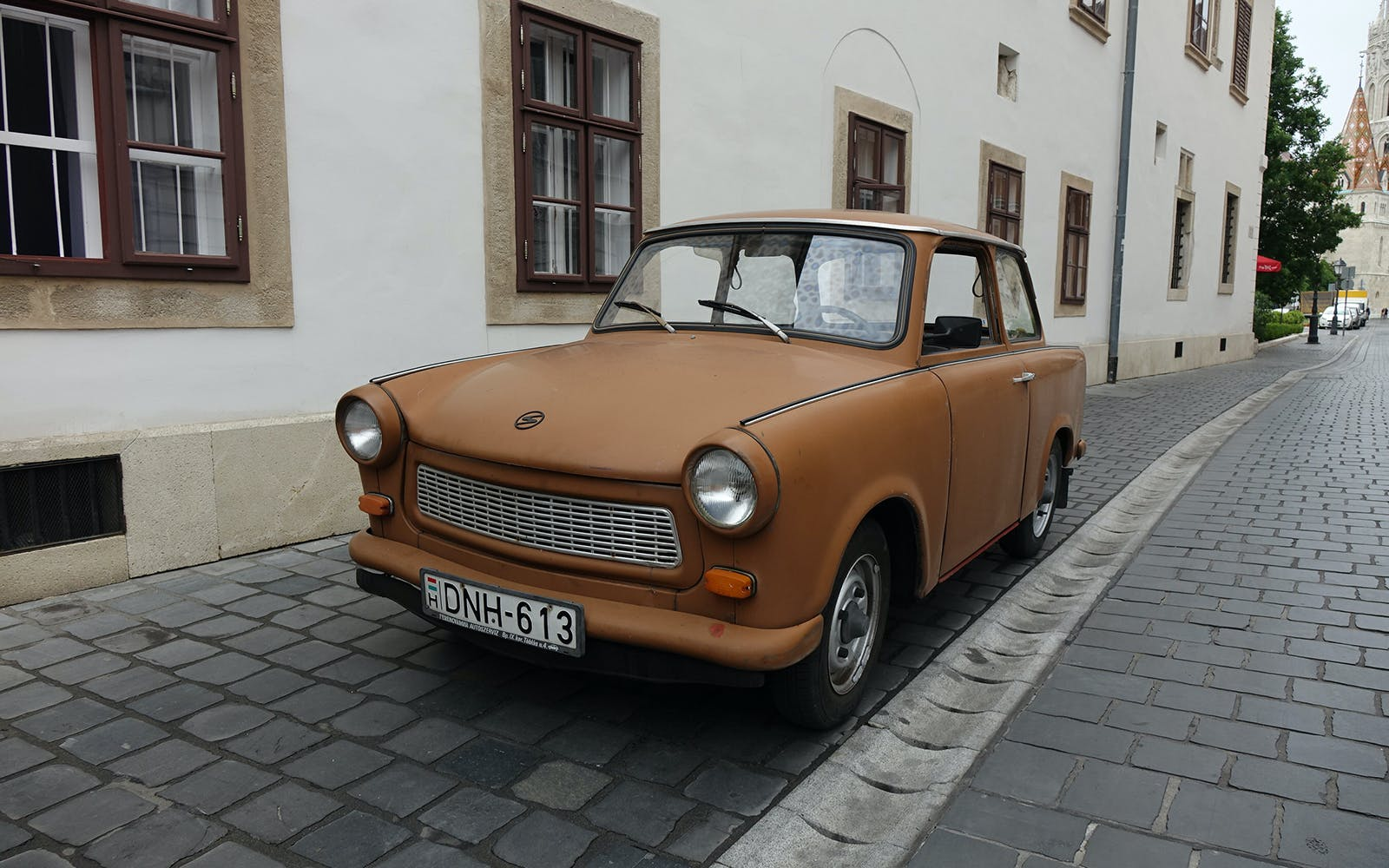 airport transfers in a trabant-2