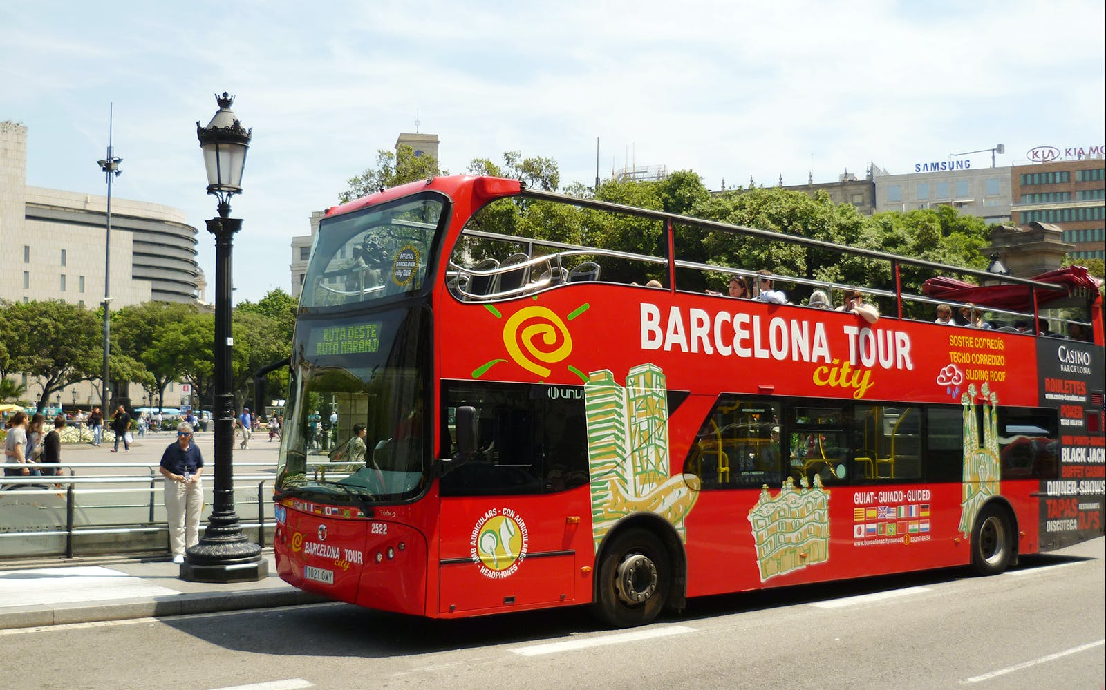 barcelona by land & sea - hop on-hop off + skyline boat tour-1