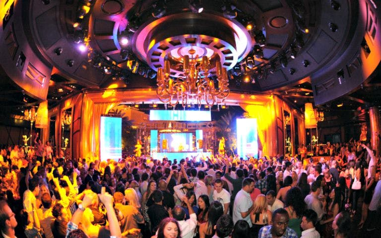 xs night club-1