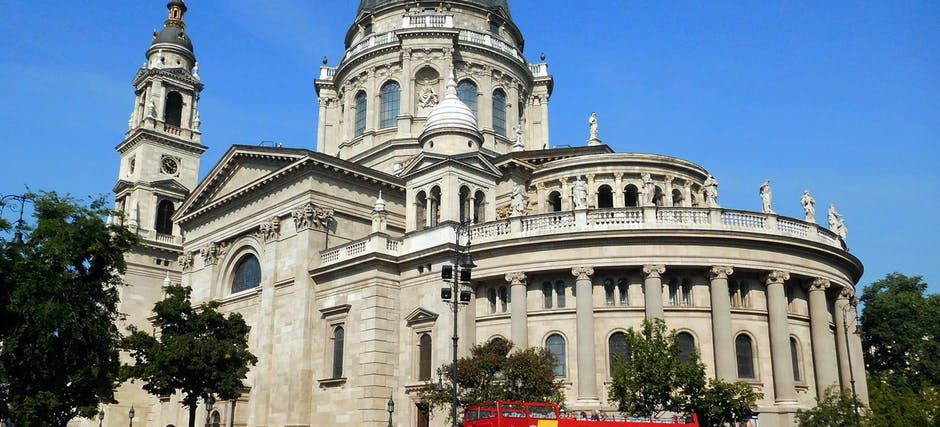 Budapest Hop on Hop Off Bus with Boat and Night Tour