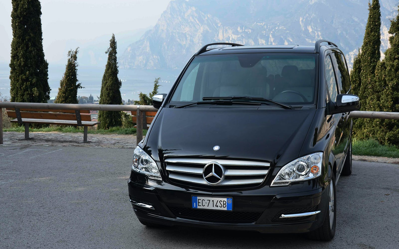 Shared Arrival Transfer: Ciampino Airport to Rome Hotels