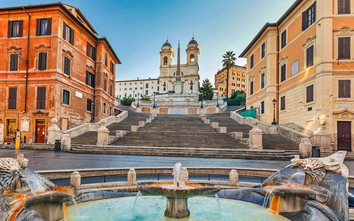 guided walking tour of rome + colosseum, roman forum and palatine hill-4