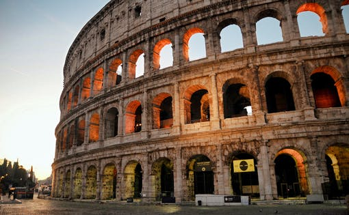 Guided Walking Tour of Rome + Colosseum, Roman Forum and Palatine Hill