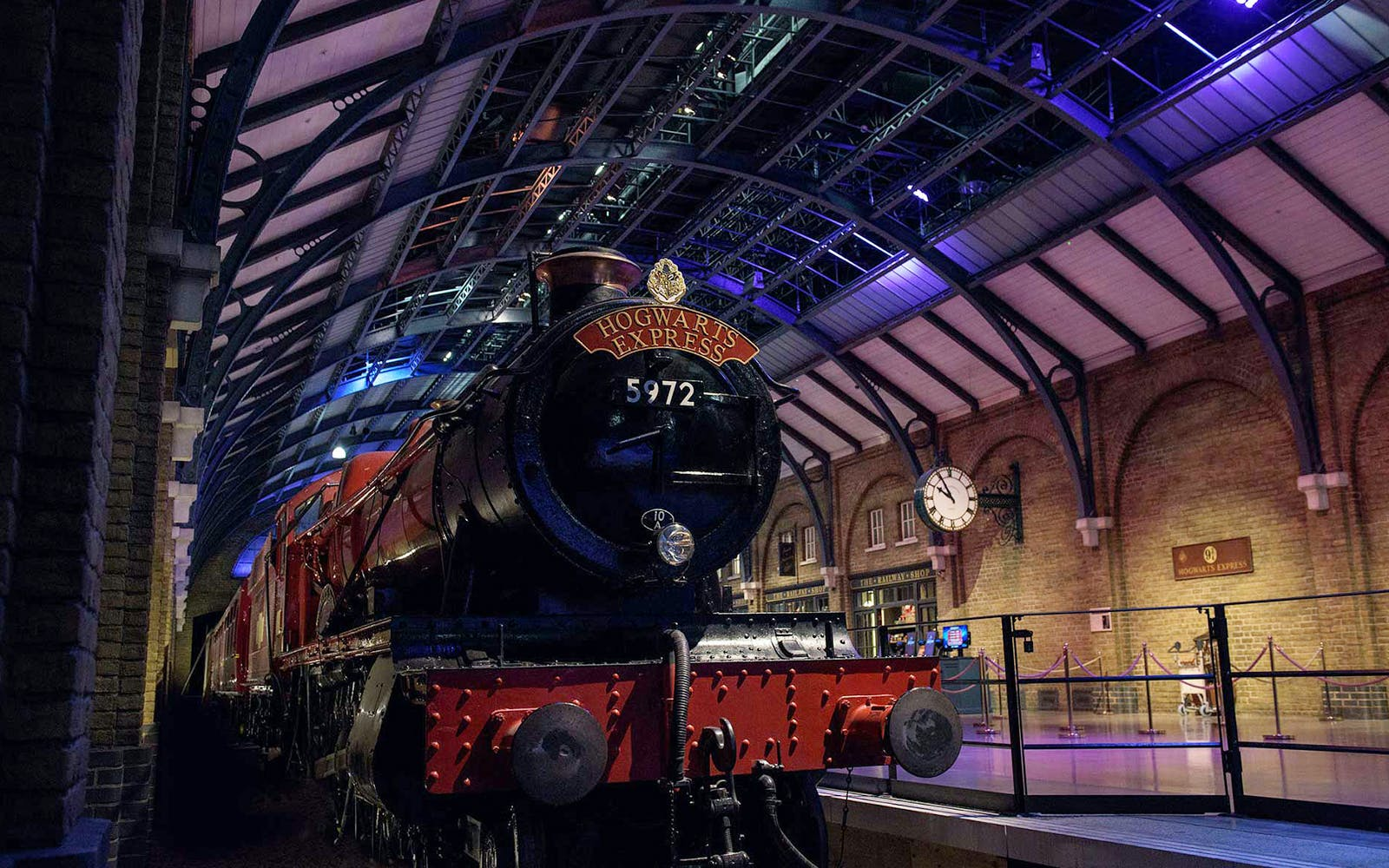 warner bros. studio tour with premium coach transfers-2