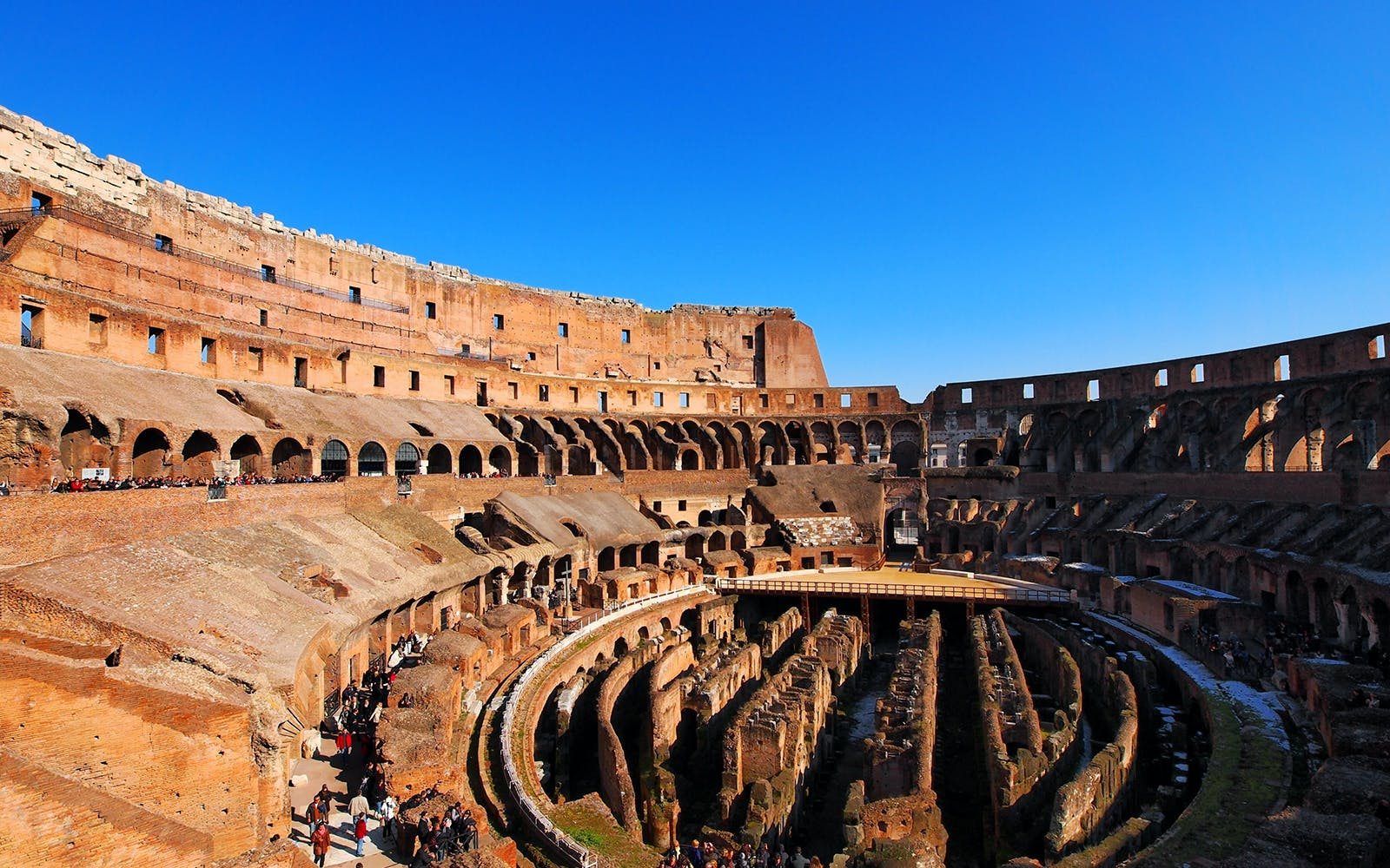 Colosseum Belvedere VIP Top Tier Access Tour with Roman Forum and Palatine Hill