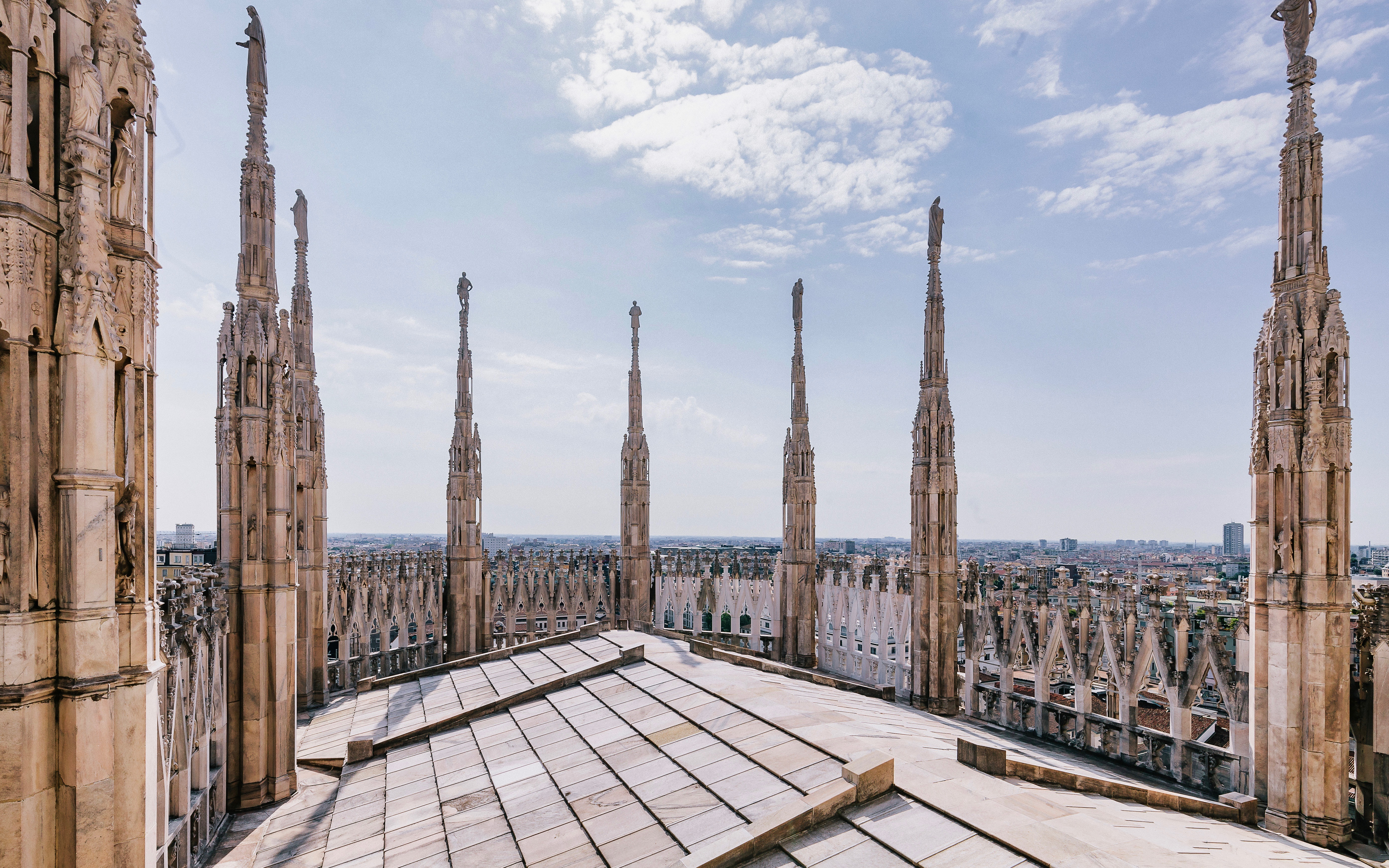 172c6d87 faf9 4891 a09a b37a96113e73 8903 milan duomo cathedral rooltop and its terraces elevator access 02