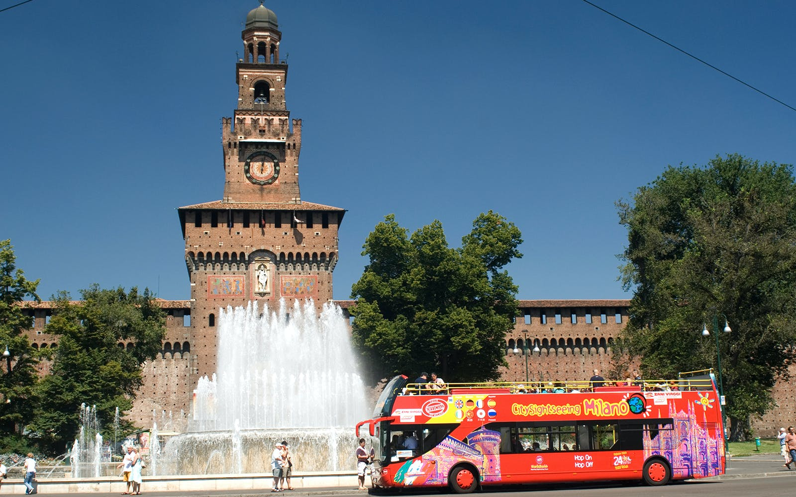 Skip The Line Duomo, Rooftop & Museum Tickets and Hop On Hop Off Bus Tour