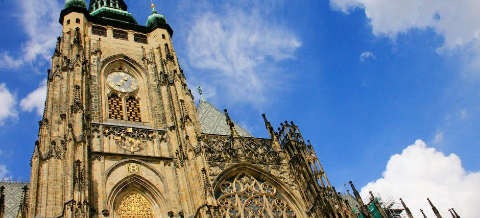 Fast Track Guided Tour of Prague Castle