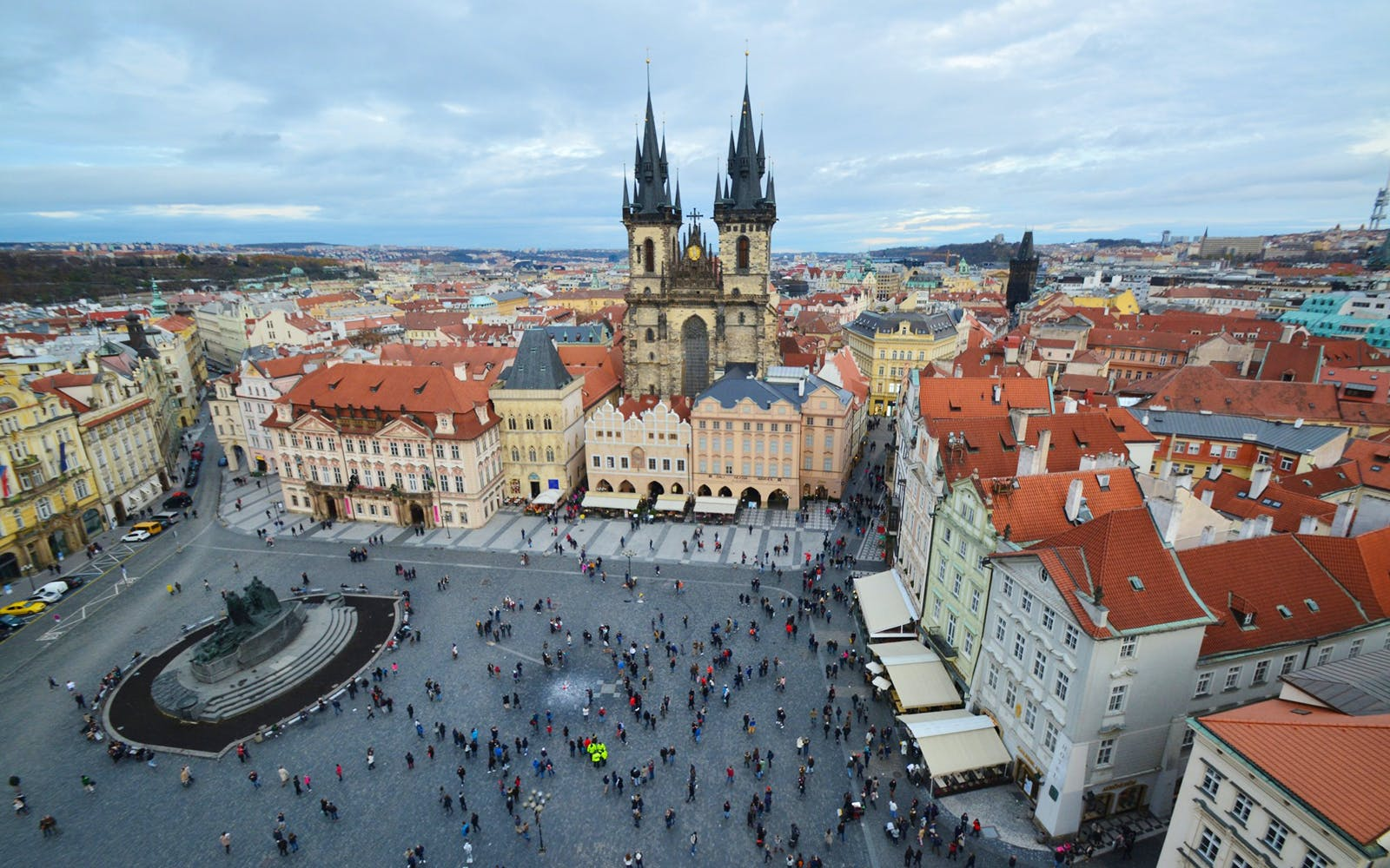 Walking Tour of Prague Castle Complex