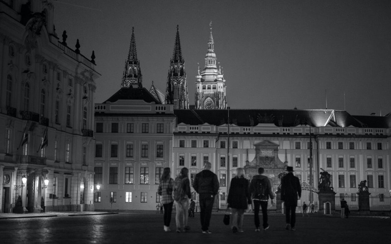 Night tour of the Prague Castle