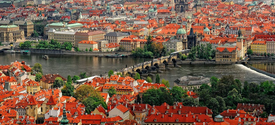 Grand City tour of Prague