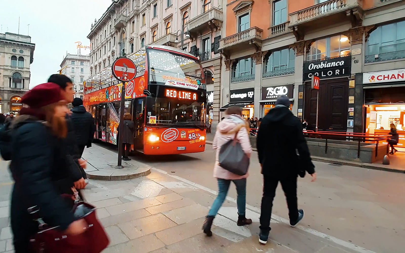 Hop-On Hop-Off - 1 Day, 2 Day Milan Sightseeing Tour
