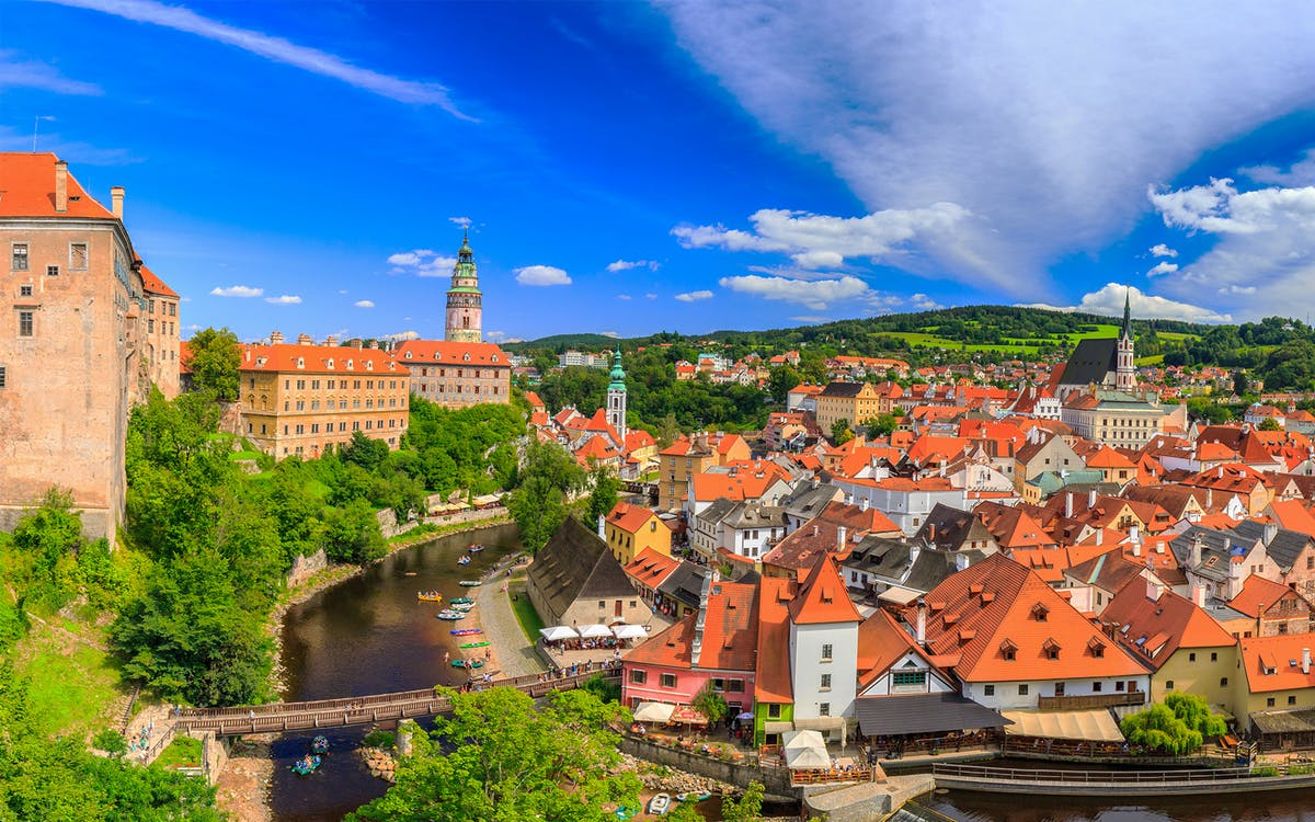 full day guided visit to cesky krumlov-1