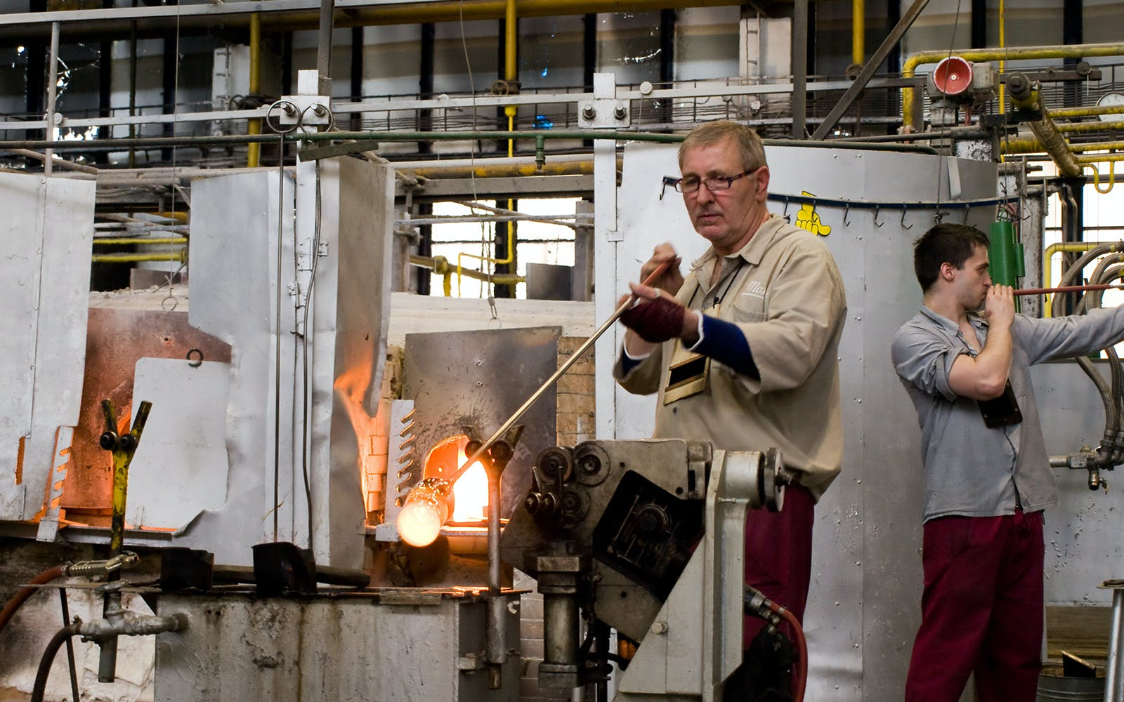 full day tour of karlovy vary with access to moser glassworks factory-3