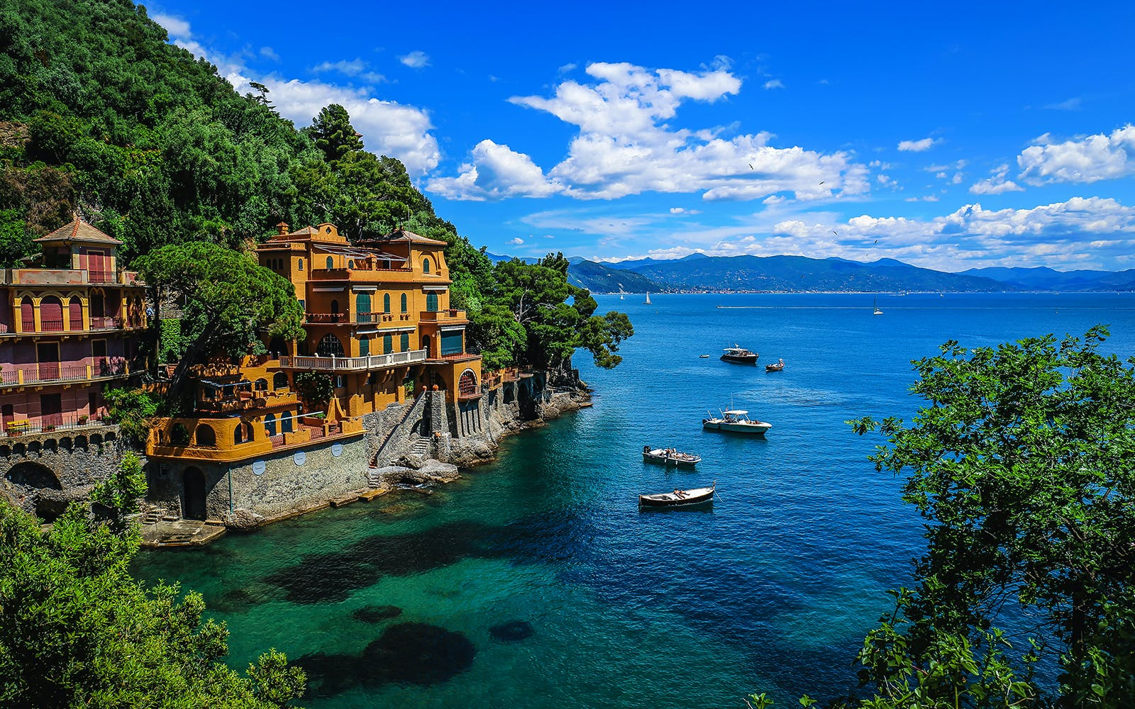 lake como and bellagio guided day trip with coach transfers from milan-2