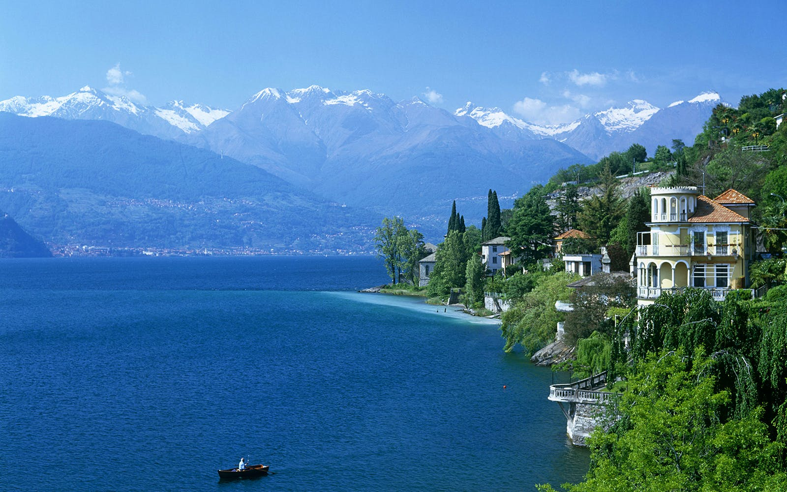lake como and bellagio guided day trip with coach transfers from milan-1