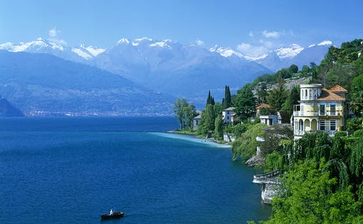 Lake Como and Bellagio Guided Day Trip with Coach Transfers from Milan