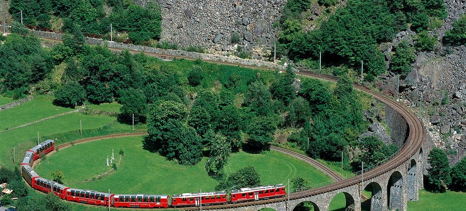 Day Trip to the Swiss Alps by Bernina Express from Milan