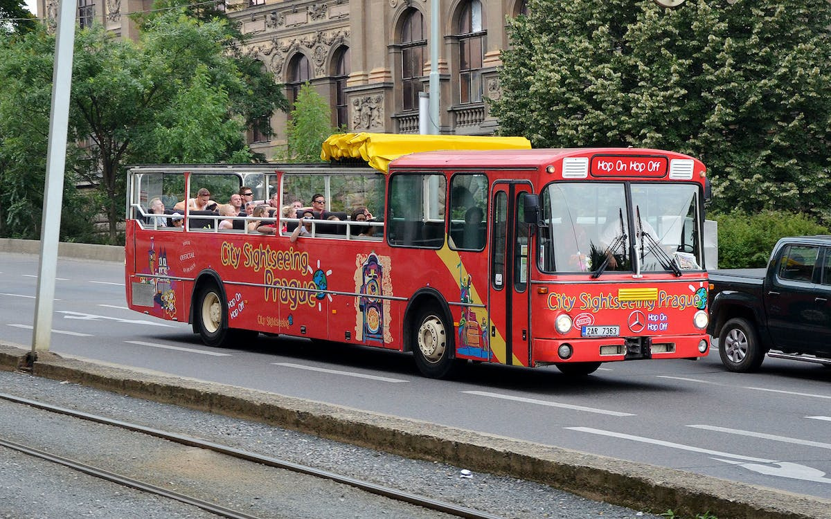 hop-on, hop-off prague bus sightseeing tour-2