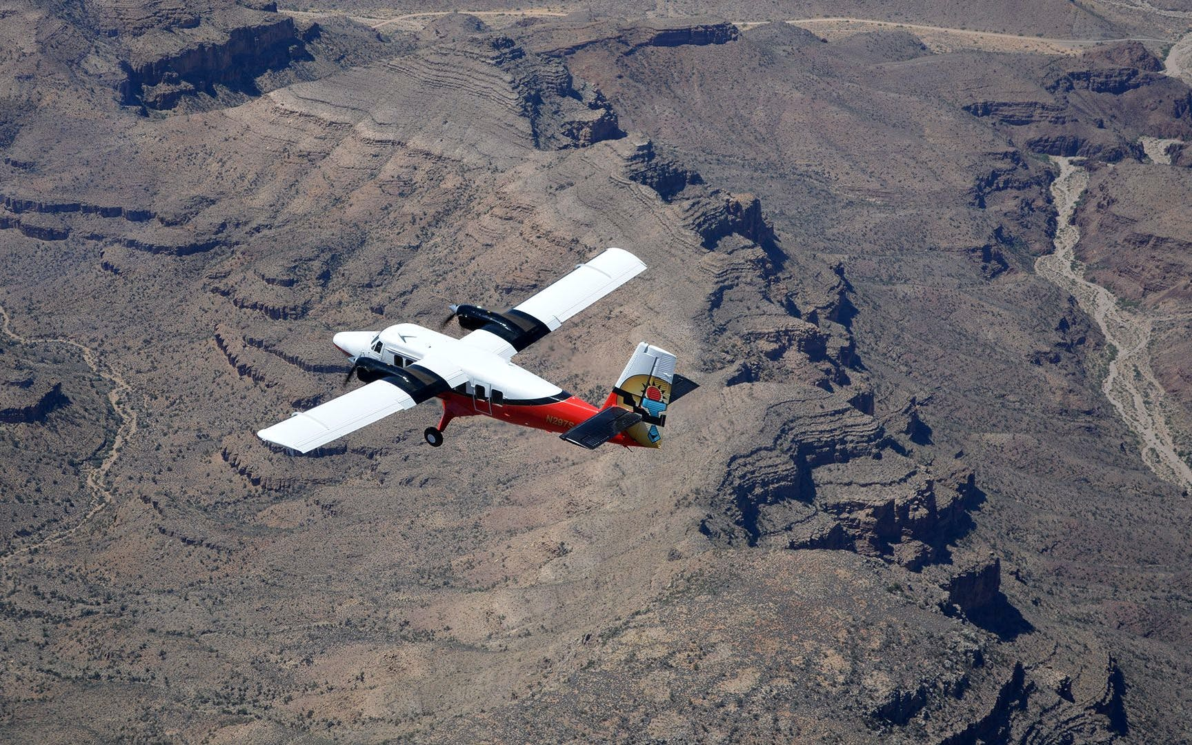 Vegas to GC South Rim Airplane Tour with Optional Heli or Jeep Ride