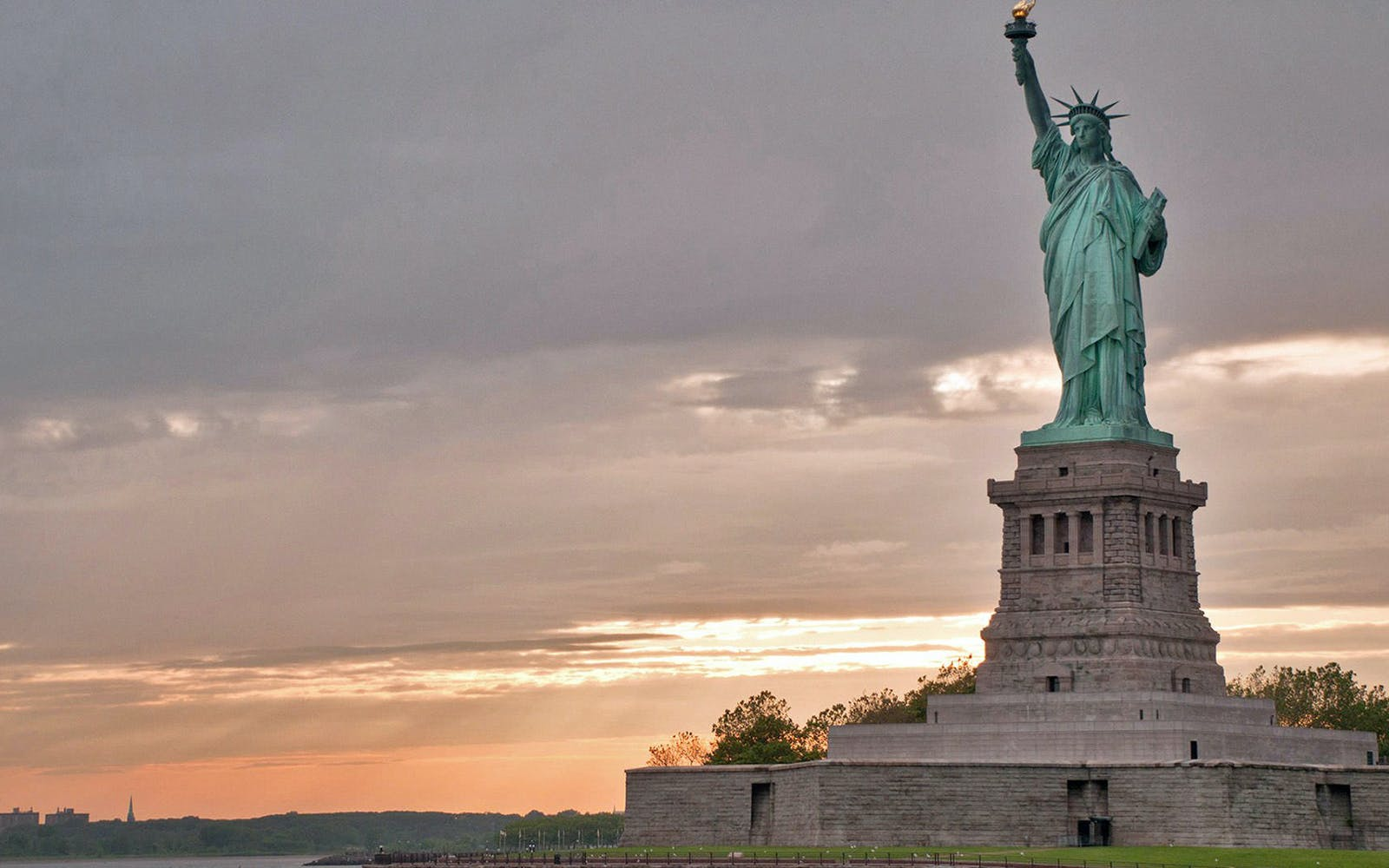 Statue of Liberty Tour with Liberty Island & Statue of Liberty Museum +