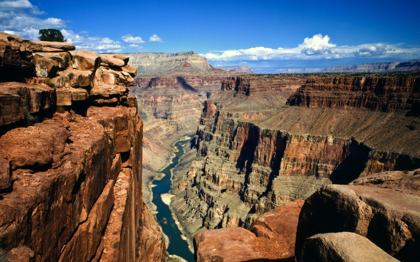 west rim bus tour with helicopter ride & river cruise -3