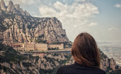 Early Access Guided Tour to Montserrat Monastery from Barcelona