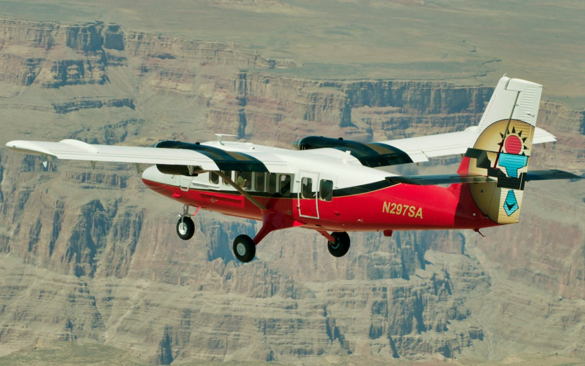 grand canyon airplane tour with optional landing and skywalk-3